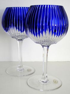 2-AJKA-Castille-Cobalt-Blue-Cased-Cut-to-Clear-crystal-balloon-wine-goblets
