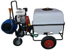 Atomizorul sau atomizatorul este un pulverizator mai special. Are un recipient de..
