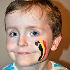 Support #Belgium with this cool #facepaint design! #Snazaroo #worldcup