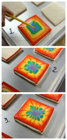 Decora tus galletas con arcoiris/Rainbow Tie-dye Cookies Billings I saw these and thought of you immediately! Galletas Cookies, Iced Cookies, Royal Icing Cookies, Cupcakes, Cupcake Cookies, Rainbow Sugar Cookies, Cut Out Cookies, Cute Cookies, Decors Pate A Sucre
