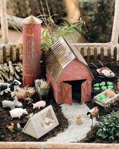 Have you ever seen a fairy garden? It is a miniature garden, a small magical world you can create in a flower pot or garden bed. This project is fun for the whole family. A fairy garden is a combination of a mini garden and an outdoor doll house. Mini Fairy Garden, Fairy Garden Houses, Gnome Garden, Garden Farm, Fairy Gardening, Fairies Garden, Gardening Hacks, Fairy Village, Fairy Furniture