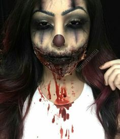 . Creepy clown makeup More