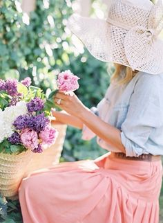 My Positive Style Pretty Photos, Beautiful Pictures, Love Flowers, Beautiful Flowers, Summer Hats, Spring Summer, Simple Style, Cool Style, Feminine Style