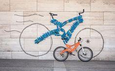 Muzzicycles. Bicicletas fabricadas con 200 botellas de plástico recicladas