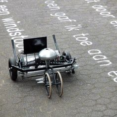 "Gijs van Bon's Skryf machine ""writes poems on the ground with sand"""