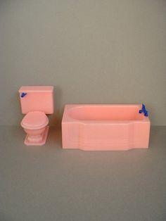 Vintage RENWAL Dollhouse Furniture BATHROOM Bathtub Tub Toilet Pink Plastic Doll House Miniatures SIGNED