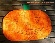 Quilting Buttercup: How to make a Pumpkin Table Runner or Placemat for Halloween