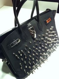 Love this Birkin bag...only a small fortune I'm sure...