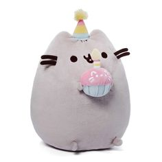 Your child will love the Pusheen Birthday Plush Toy from Gund. This soft and adorable plush toy features the silly cat Pusheen with a cute little party hat and cupcake that makes for a great cuddle companion for your little one. Kawaii Pusheen, Chat Pusheen, Pusheen Cat Plush, Pusheen Happy Birthday, Cat Birthday, Birthday Gifts, Birthday Cake, Grey Tabby Cats, Cat Cupcakes