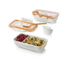 Bento Box - lunchbox - BPA free.  Includes sauce pot, separator and fork.  Microwave and dishwasher safe.