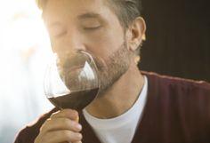 21 Errores que probablemente cometes al tomar vino