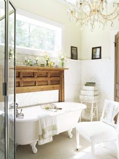 bathroom-8-de-YAO8G5-38212715-mdn