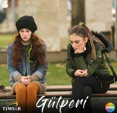 Selen ve Artemis Turkish Actors, Artemis, Rest, Winter Jackets, Fashion, Winter Coats, Moda, Winter Vest Outfits, Fashion Styles