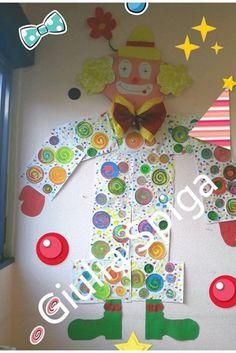 Carnival Crafts, School Carnival, Kindergarten, Opening Day, Future Fashion, Pre School, Preschool Crafts, Mardi Gras, Elementary Schools