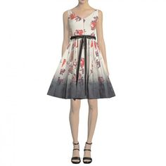 --evaChic--This Marc Jacobs Sleeveless Floral-Print Fit & Flare Dress features a dreamy floral print and degradé hem for a cool visual effect. The structure is accented with contrast piping. The fit & flare silhouette is enhanced with grosgrain and velvet trim waistband, and a midi hem.            http://www.evachic.com/product/marc-jacobs-sleeveless-floral-print-fit-flare-dress/