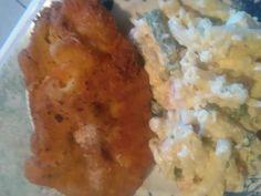 Mennyei Párolt zöldséges gyufatészta fűszeres-tejfölös karfiollal nyakon öntve, palacsintatésztában rántott csirkemellel recept!
