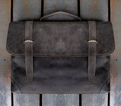 Men's Handmade Leather Briefcase 15inch by ChrisLeatherStudio. From China. £87