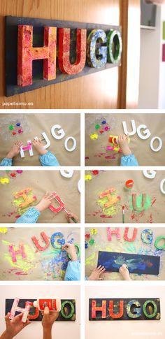 """Si quieres hacer un cartel con letras 3D para una habitación infantil, lo mejor es dejar que lo hagan ellos mismo y den rienda suelta a su creatividad. Quizá no quede tan bonito como los que venden en las tiendas, pero los niños disfrutarán muchísimo haciéndolo y estarán orgullosos de su trabajo colgado en la puerta de su habitación.. Además es un ejercicio fantástico para repasar las letras. No sé si recordáis la historia de """"El niño que perdió su nombre""""…. La semana pasada, volviendo a…"""