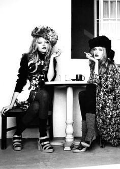 Gemma Ward and Lily Donaldson Editorial Photography, Fashion Photography, Black White Photos, Black And White, Gemma Ward, Lily Donaldson, Women Smoking, Ladies Dress Design, Editorial Fashion