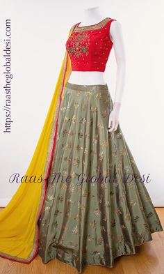 CHANIYA CHOLI 2019 Latest designer & custom-made Lehenga Choli online online. Browse our beautiful designer collection -featuring unique designs & embroidery! Available now in the USA, Canada & Australia! Half Saree Designs, Choli Designs, Lehenga Designs, Blouse Designs, Salwar Designs, Half Saree Lehenga, Lehenga Choli Online, Floral Lehenga, Indian Dresses