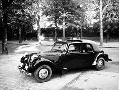 Citroën Traction Avant Découvrable par AEAT (ici demi-toit avant amovible)