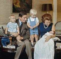 1969 - Beatrix, Claus met zoons Willem-Alexander, Constantijn en Friso