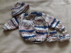 Cardigan Hat and booties set by Vickyannstitches on Etsy, £10.00