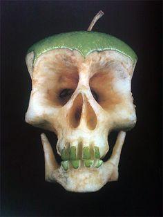 Skull by Dimitri Tsykalov