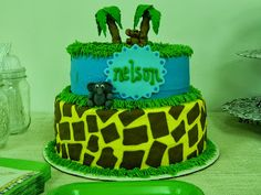 Jungle Themed Baby Showers or any party #BabyShowerCake #JungleCakes