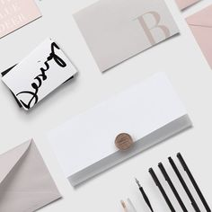 Carded🖤🖤🖤 #webdesign #wordpress #inspo #graphicdesign #graphicdesigner #logo #logos #design #blogging #girlboss #blogdesign #inspiration…