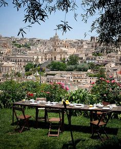 Casa Talia on Sicily, Italy  Lunch with a view