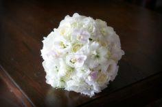 Cira Lombardo Wedding Planner. Dolci fantasie di flower Design. Uno splendido e delicato bouquet per il matrimonio. | Cira Lombardo Wedding Planner