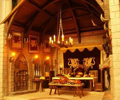 Medieval Room with Hanging Chandelier and Dragon Torches Lit Castle Dollhouse, Dollhouse Miniatures, Dollhouse Interiors, Dollhouse Ideas, Fantasy Miniatures, Medieval Life, Medieval Castle, Medieval Tapestry, Hanging Chandelier
