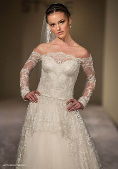 Medalhao Wedding Dress ~ avail. on  Hustle Your Bustle