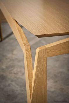 Stellar table - Photo 3 | Image courtesy of Ebenisterie Generale // amazing detail! #furnituredesign