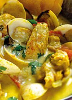 Peru na cataplana com molho exótico Portuguese Recipes, Portuguese Food, Carnitas, Custo, Salads, Food And Drink, Turkey, Cooking Recipes, Chicken