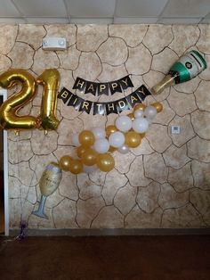Wonderful Pictures Birthday Balloons Ideas birthdays are generally enormous occasions around residences plus you should pick out topics plu 21st Party, 18th Birthday Party, 21st Birthday Gifts, Birthday Cakes, Balloon Decorations Party, Birthday Party Decorations, Balloon Ideas, 21st Decorations, Champagne Balloons