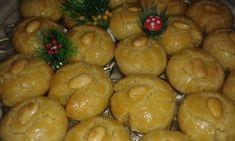 Το Σεκέρ παρέ είναι ένα ανατολίτικο γλυκό πολύ ιδιαίτερο,με πολύ ωραία γεύση και η μυρωδιά από το φρέσκο βούτυρο φανταστικόοοοο ΥΛΙΚΑ : 3 1/2 με 4 φλτσγ αλευρι γοχ αλατινη,1φλτσγ ζαχαρη, 1 φλτσγ φρεσκο βουτυρο, 2 κουτγλ μπεικιν, 2 αβγα ολοκληρα, 1 κροκαδι, 1 κουτγλ ξυσμα λεμονιου,1κουτγλ αλατι, 40 αμυγδαλα ασπρισμενα 1 αβγο για το … Greek Sweets, Greek Desserts, Greek Recipes, Christmas Sweets, Christmas Cookies, Turkish Delight, How To Make Cake, Sweet Tooth, Deserts