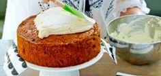 Recept: worteltaart - Margriet Dutch Recipes, Banana Bread, Carrots, Bakery, Carrot Cakes, Cooking, Desserts, Food, Kitchen