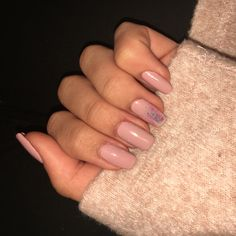 Nude Fall nails😍