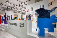 keisuke fujiwara kazumasa nagai pleats please issey miyake pop-up store Window Display Retail, Retail Displays, Shop Displays, Window Displays, Sign Installation, Visual Merchandising Displays, Retail Store Design, Retail Stores, Environmental Graphic Design