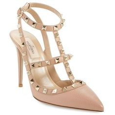 Women's Valentino Garavani 'Rockstud' T-Strap Pointy Toe Pump (€870) ❤ liked on Polyvore featuring shoes, pumps, beige leather, t-strap pumps, beige pointy toe pumps, rocker shoes, valentino pumps and pointed toe pumps
