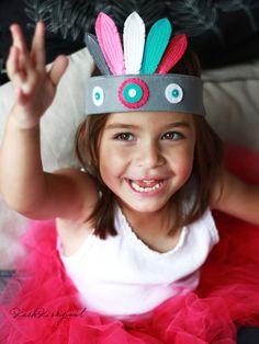 Indiánská čelenka Felt Crown, Baby Sewing, Indiana, Children, Fashion, You Are Awesome, Carnavals, Young Children, Moda