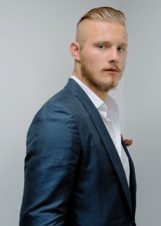 Alexander Ludwig for The Hollywood Reporter on September Alexander Ludwig, Look Man, Blonde Guys, Beard Styles For Men, The Hollywood Reporter, Undercut Hairstyles, Travis Fimmel, Grey Hair, Haircuts For Men