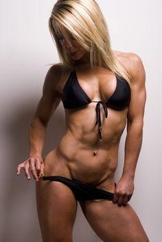 OMG!!!! I want her body!!!