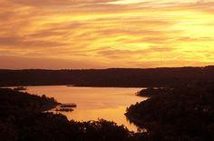 10 Great Lakeside Retreats