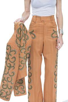 Sunday suits via @nudies_rodeos_tailors | @erinwasson @davidmushegain @coryn_madley @gladys_tamez_millinery #the2bandits #nudiebandit