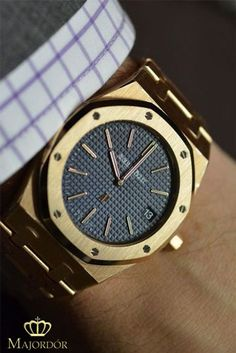 Audemars Piguet Royal Oak Mens Watch @majordor #majordor #audemarspiguet #audemarspiguetroyaloak #luxurywatches | www.majordor.com