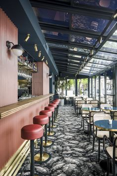 Pink & Blue | Waldeck Restaurant Decor | Counter & Bar Stools | Bar Chairs. Leather Chair. #barchair #leatherchair #counterstool Find more inspiration at: https://www.brabbu.com/en/inspiration-and-ideas/world-travel/sophisticated-upholstered-bar-stools-want