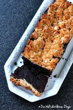 Die Welt der kleinen Dinge: Schokoladenkuchen mit Florentiner-Kruste